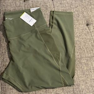 Old Navy Elevate Legging XXL - NWT